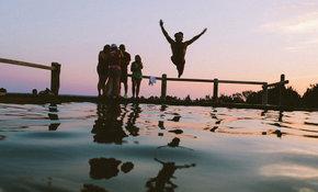 Een verfrissende duik in zomerse temperaturen
